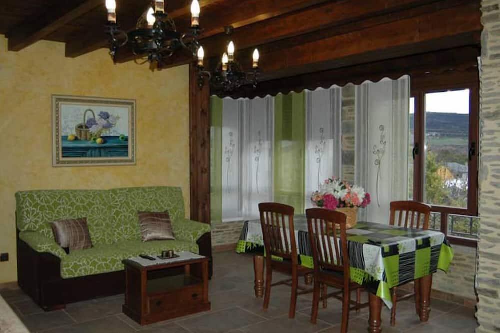 Apartment, 2Schlafzimmer, Gartenblick (Villa 4) - Wohnzimmer