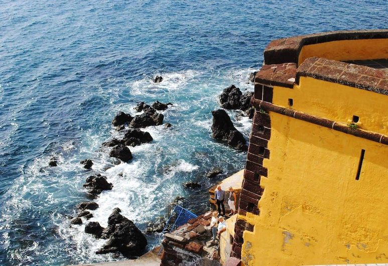 Apartment With one Bedroom in Funchal, With Wonderful sea View, Furnished Terrace and Wifi - 6 km From the Beach, Funchal, Beach/Ocean View