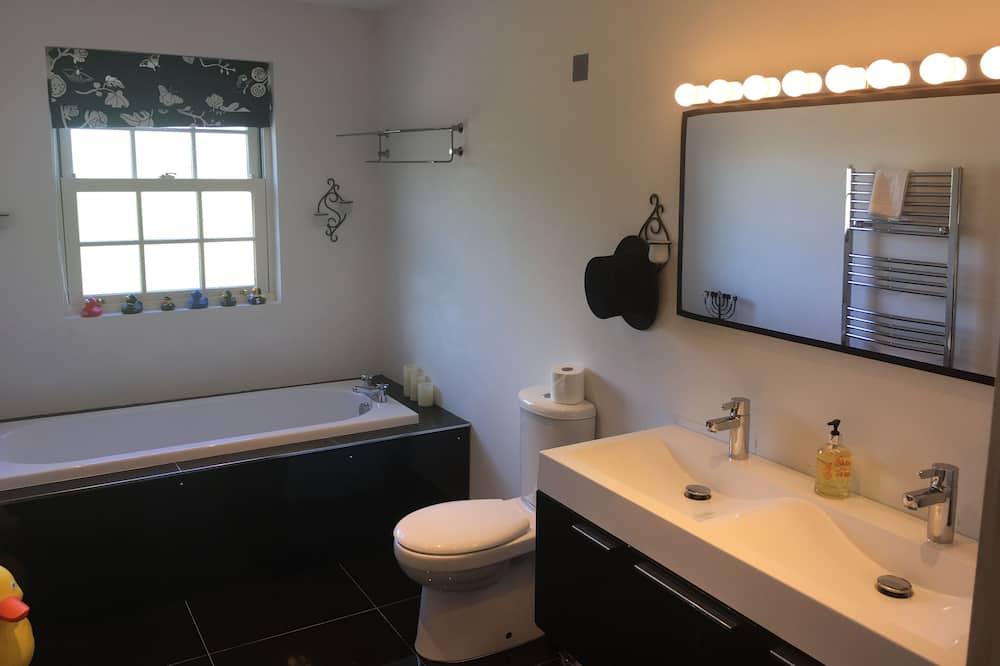 Pokój dwuosobowy, prywatna łazienka - Łazienka