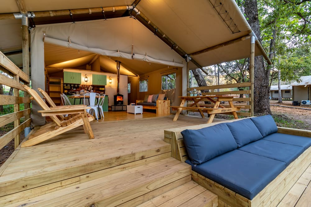 AfriCamps at Mackers - Glamping