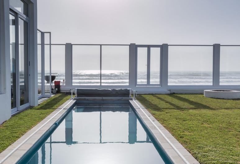 Villa Maji Bed & Breakfast, Swakopmund, Ulkouima-allas