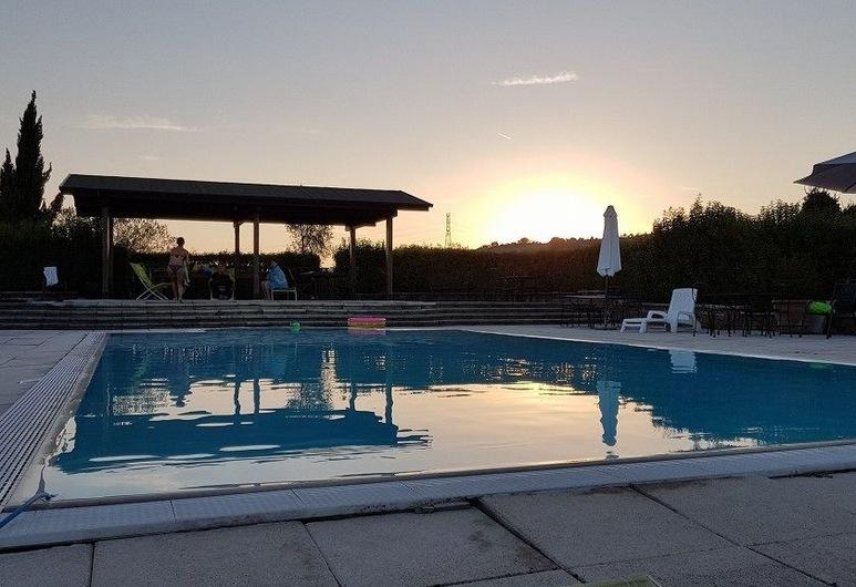VILLA BICE AGRITURISMO, Tolentino, Εξωτερική πισίνα