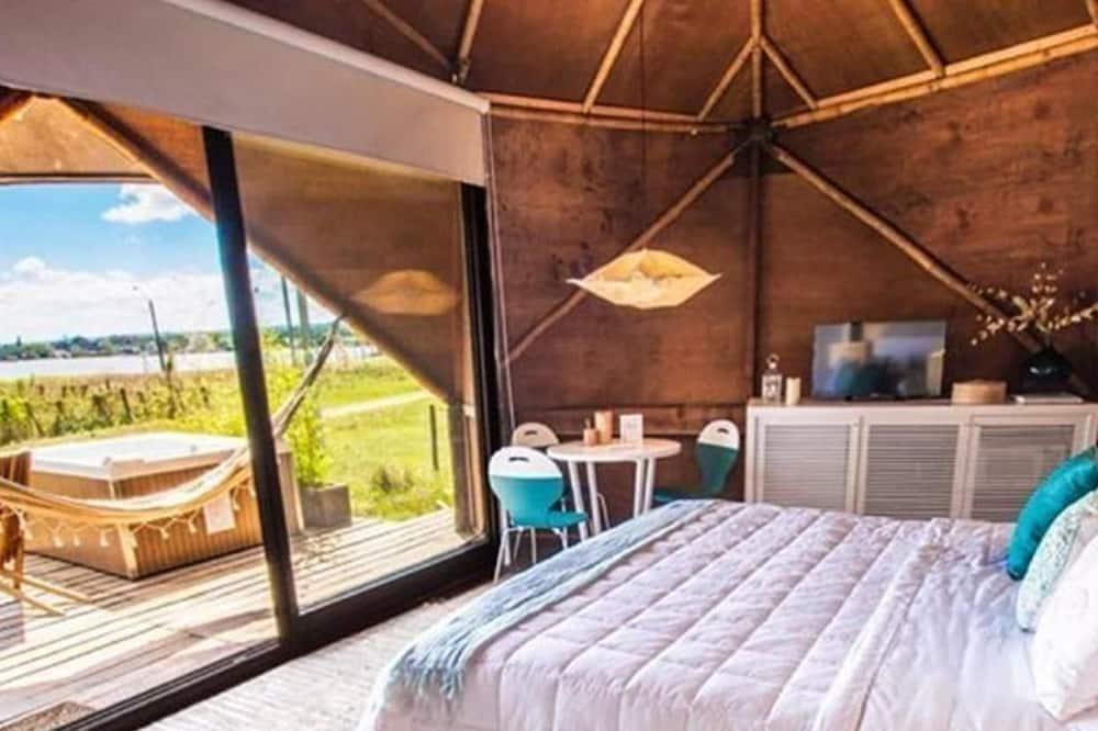 พาโนรามิกเคบิน, เตียงคิงไซส์ 1 เตียง และโซฟาเบด, วิวทะเลสาบ - ห้องพัก