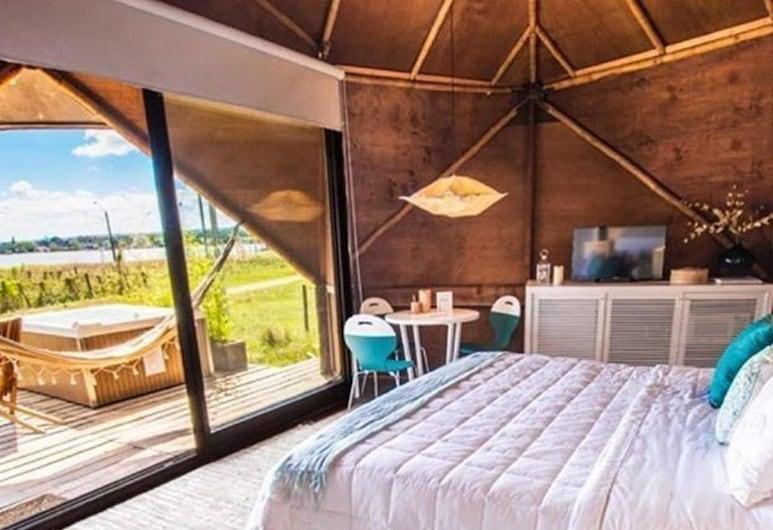 Tava Lago, San Bernardino, Panoramic Cabin, 1 King Bed with Sofa bed, Lake View, Guest Room