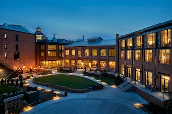 Picture of Foundry Hotel Asheville, Curio Collection by Hilton in Asheville