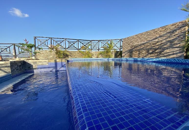 Hotel Suites La Roca, Cancun, Teras Havuzu