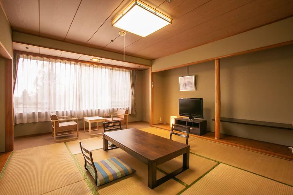 Phòng truyền thống, Phòng tắm dùng chung (Japanese Style for 6 Guests, Toilet) - Phòng