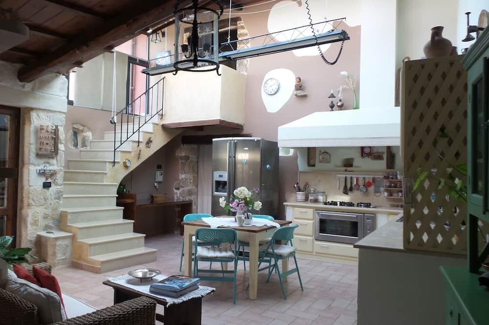 舒適別墅, 4 間臥室, 山景 - 客廳
