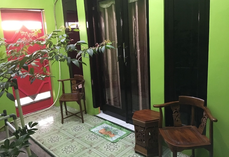 Aini Homestay Ternate, Ternate, Standard Double Room, Guest Room