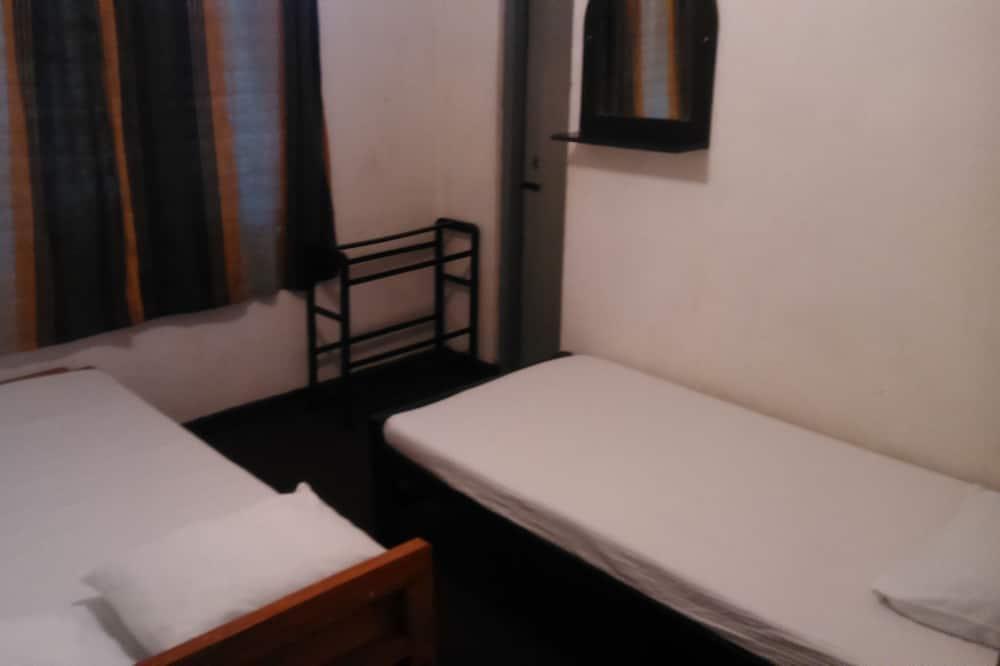 טאון-האוס אקונומי, 3 חדרי שינה, נוף לאגם - חדר