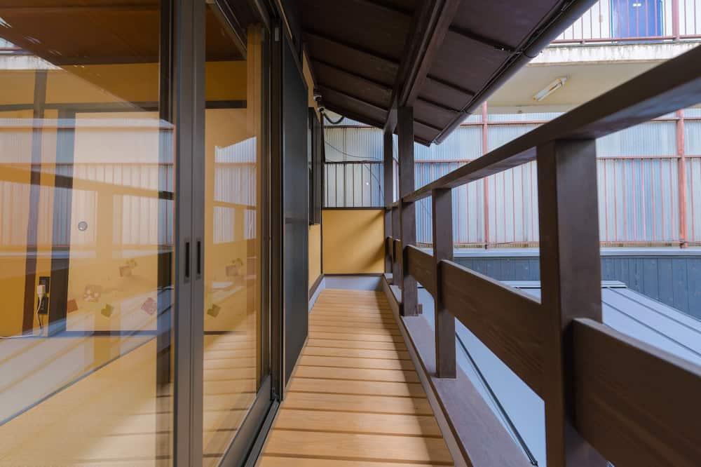 Traditional Δωμάτιο, 1 Υπνοδωμάτιο, Ιδιωτικό Μπάνιο (Japanese Style, 2F) - Μπαλκόνι