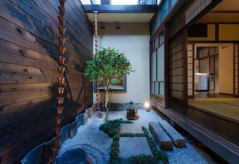 Kumo Machiya Imperial Palace Minami, Kyoto, Japanese Style Private Vacation Home, Terrace/Patio