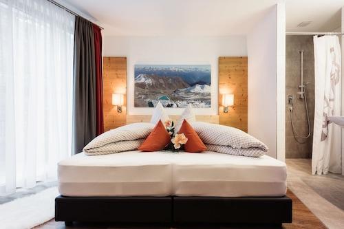 豪斯拉提亞飯店/