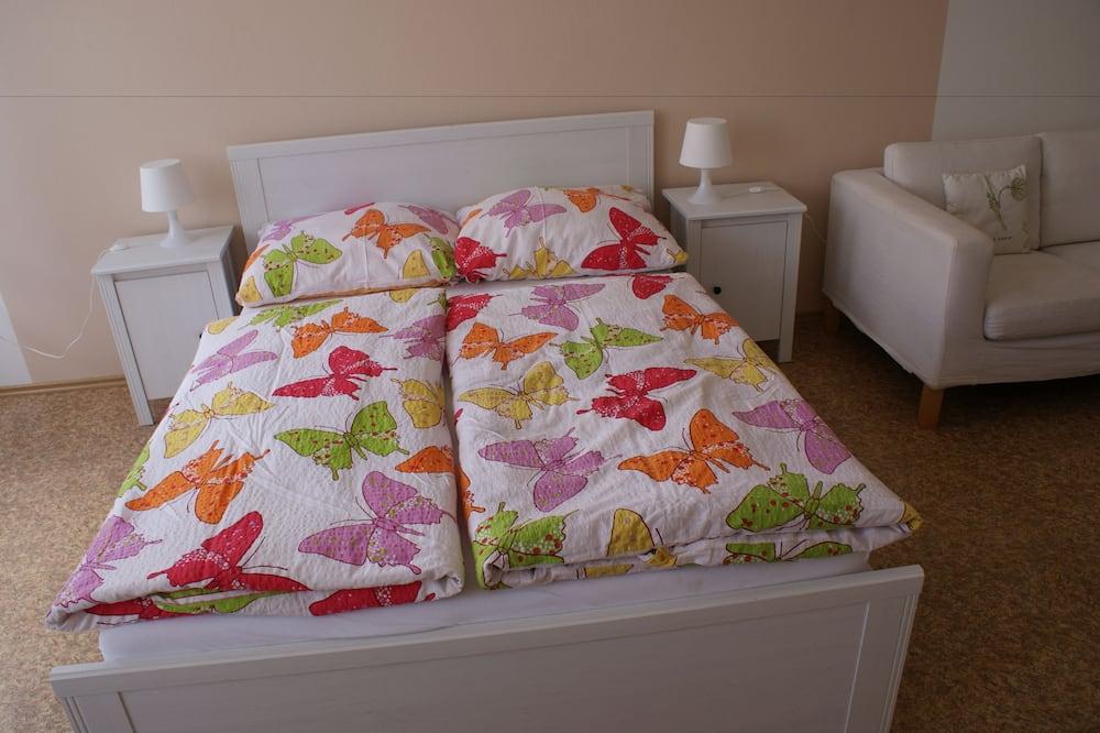 Romantisk lägenhet - 2 sovrum - utsikt mot staden - Barnrum