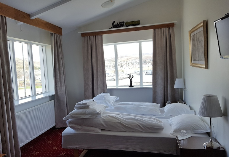 Húsavík Cape Hotel, Húsavík, Pokój dla 3 osób, prywatna łazienka, Pokój