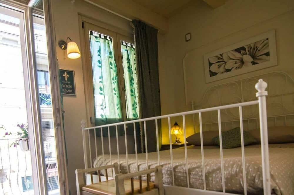 Deluxe Double Room, Balcony, City View - Guest Room