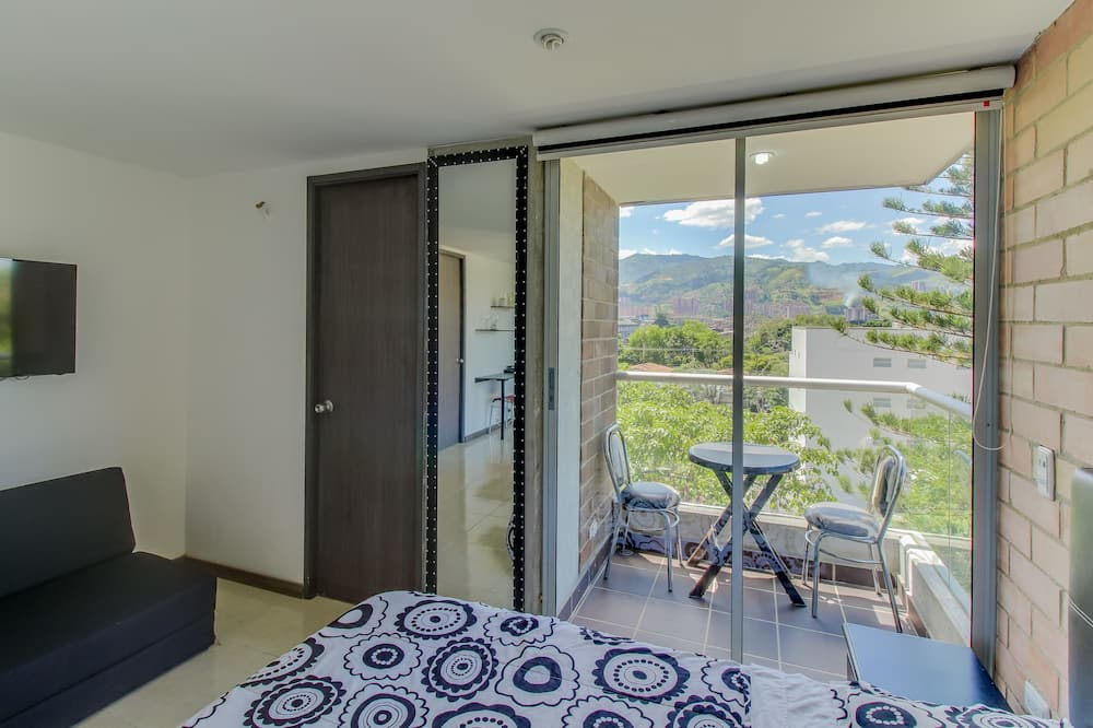 Apartmán, 2 kúpeľne - Balkón