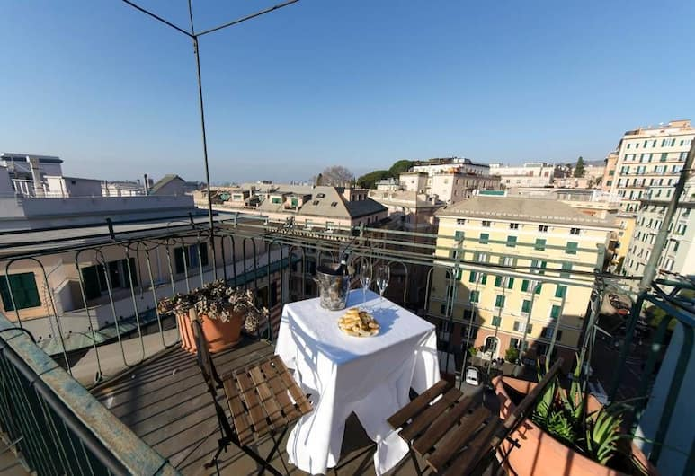 Hintown Privilege Flat, Dženova, Dzīvokļnumurs, divas guļamistabas, Balkons