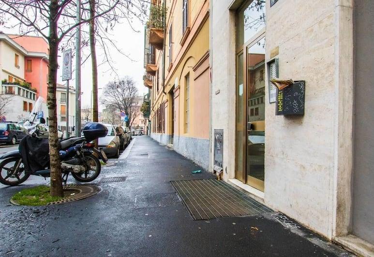 Hintown Street Art House, Milano, Esterni