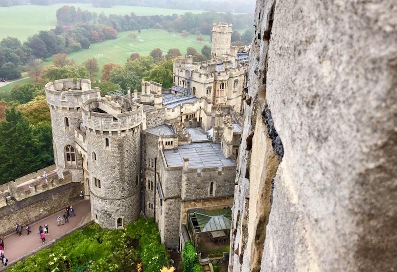 The Duke's Retreat, Windsor
