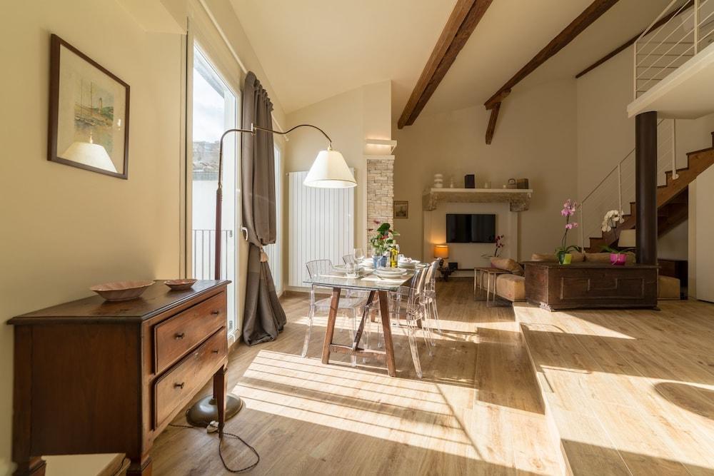 Prenota Lussuoso Appartamento in Santa Maria a Firenze - Hotels.com