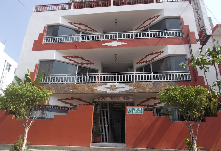 Hotel Canek, Palenque, Hotellin sisäänkäynti