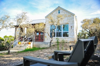 Cottages In Dripping Springs