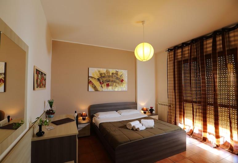Dante091, Palerme, Chambre Double Classique, salle de bains privée externe, vue ville, Chambre