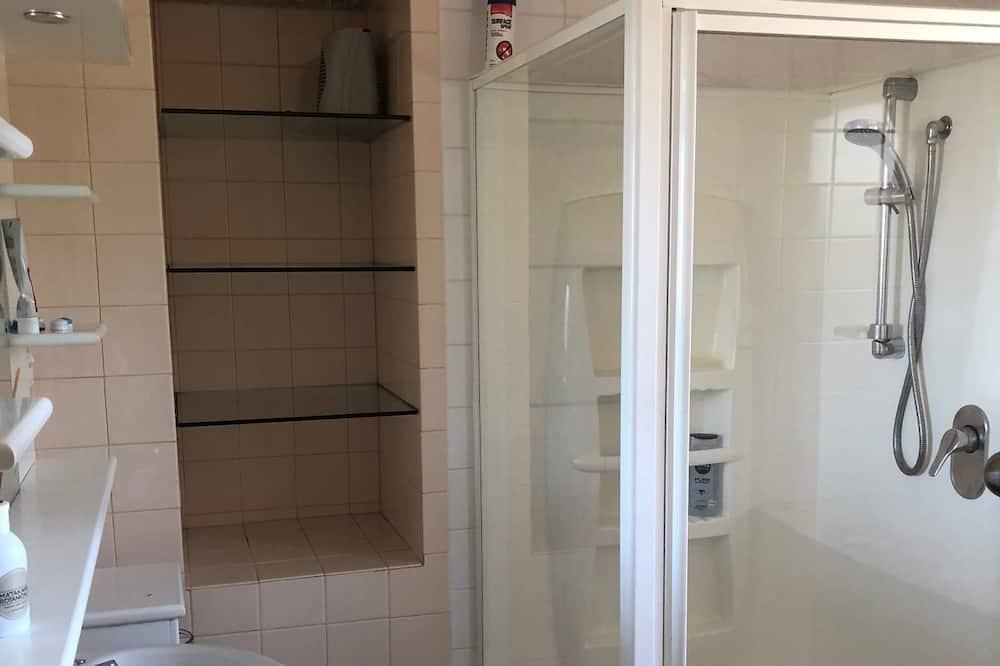 Single Bed in Mixed Dormitory Room - Bathroom