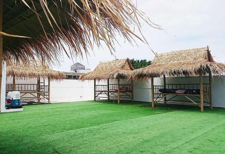 FnB hotel, Pattaya, Terrace/Patio