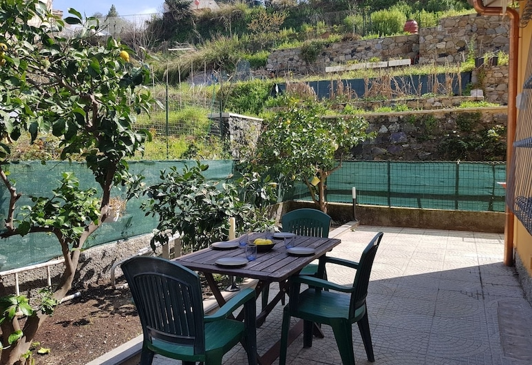 SHARKY CHARMING COTTAGE, Monterosso al Mare, Taras/patio