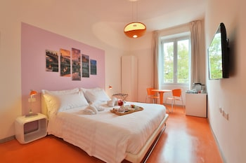 Picture of Viale Giulio Cesare Guest House in Rome