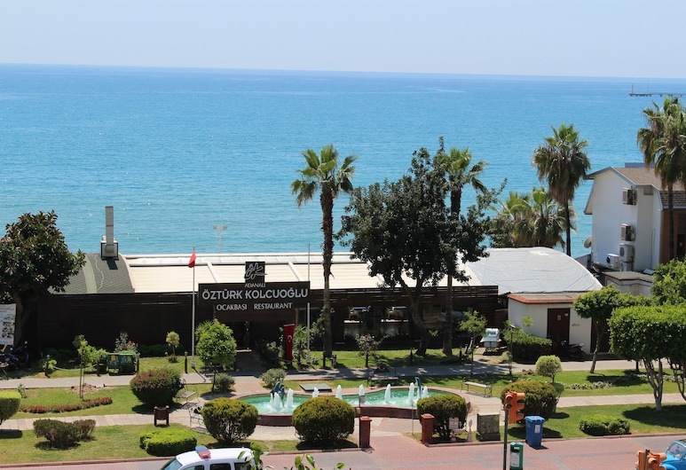 Deniz Apart, אלניה, דירה, נוף לים, מרפסת/פטיו