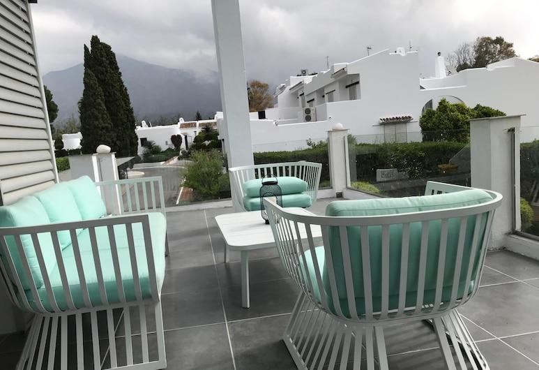 Amazing & Luxurious Golf, Sea, Mountain, Lake view villa Porto Banus, Marbella, Terrasse/veranda