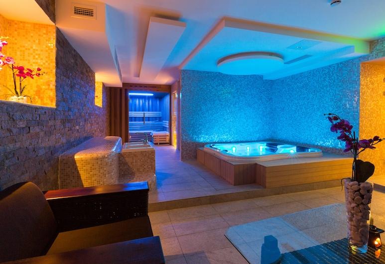 Hotel City Savoy, Belgrad, Innen-Whirlpool