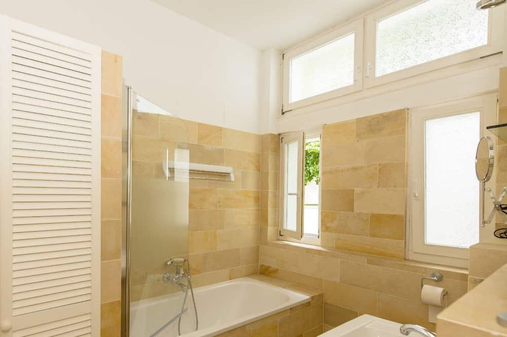 Apartment (Lotus) - Badezimmer