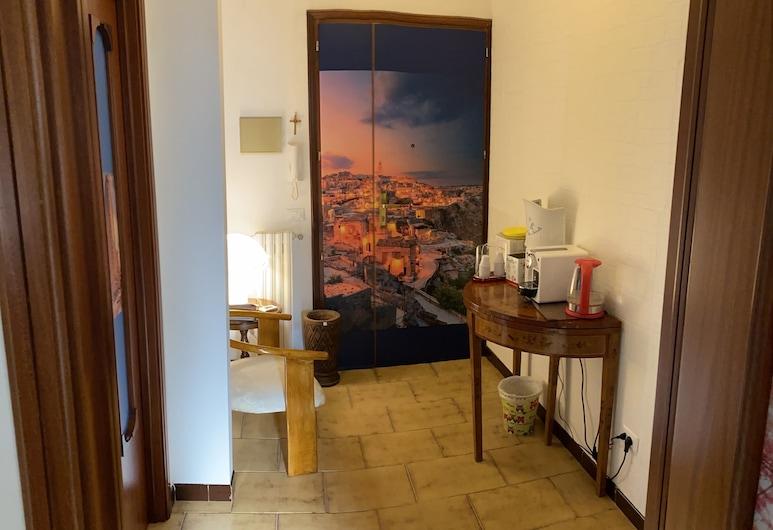 Casa Papapietro, Matera, Dobbeltrom, privat bad, utsikt mot byen, Oppholdsområde
