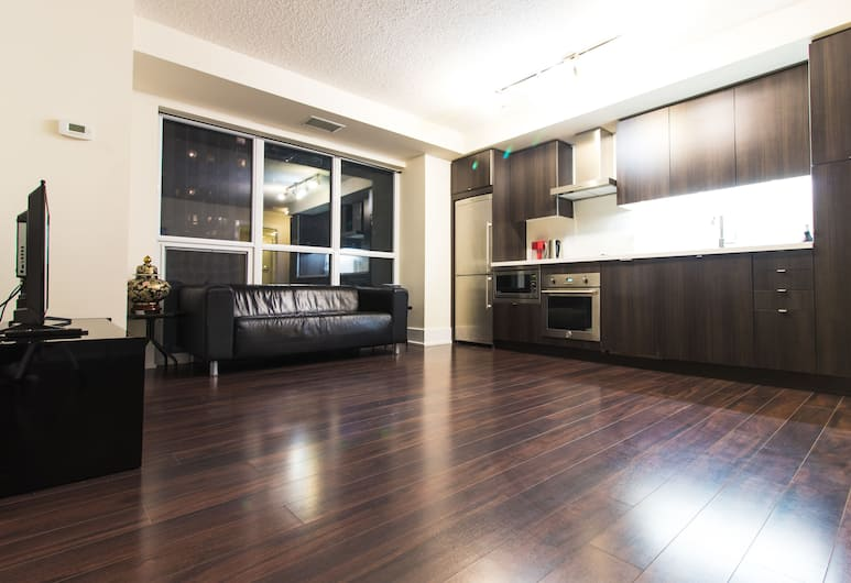 Three Bedroom Luxury Suite, Toronto