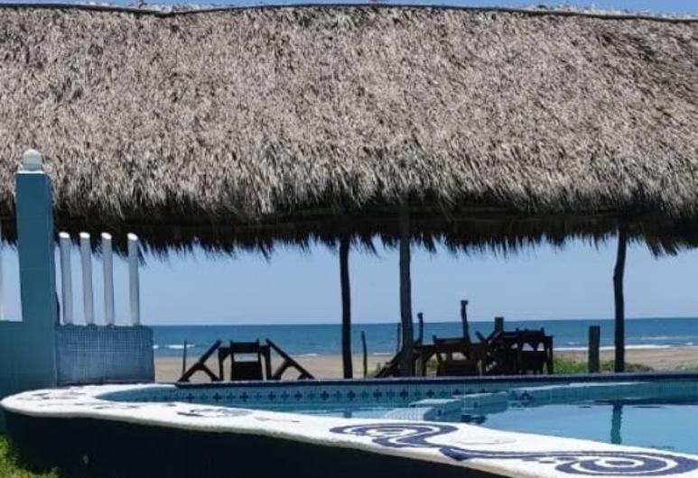 Hotel Perlas Del Golfo, Úrsulo Galván, Pool