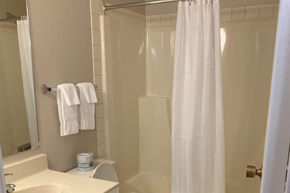 Standard Room, 1 Double Bed - Bathroom Shower