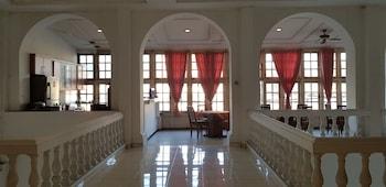 Picture of Hotel DeQur Jakarta Kota in Jakarta