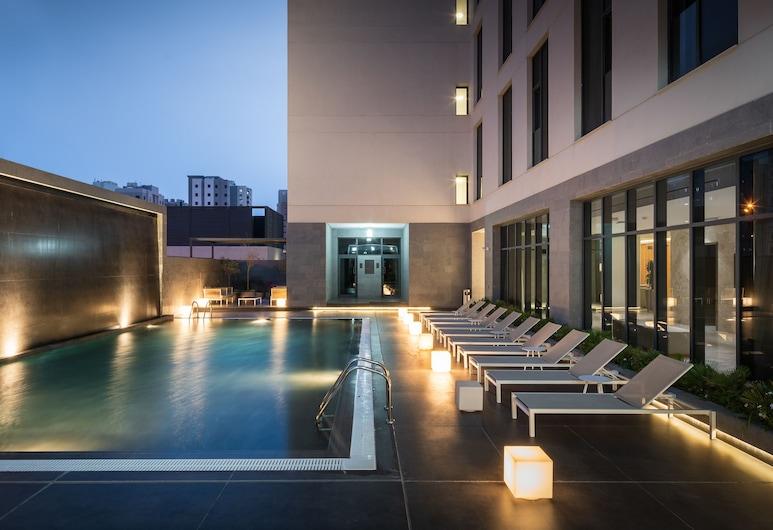 Delta Hotel Apartments, Sabah Al Salem, Pool