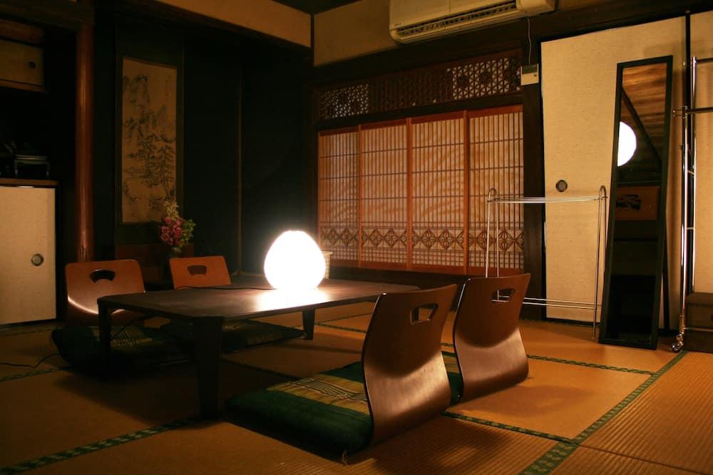 Traditional maja (Japanese Style, Main Building) - Lõõgastumisala