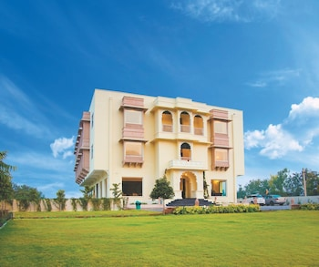 Picture of Ranthambore Mount Valley Resort in Sawai Madhopur