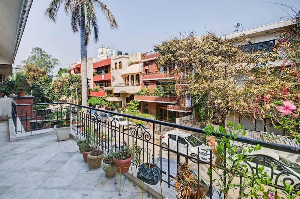 Апартаменти, 3 спальні - Балкон