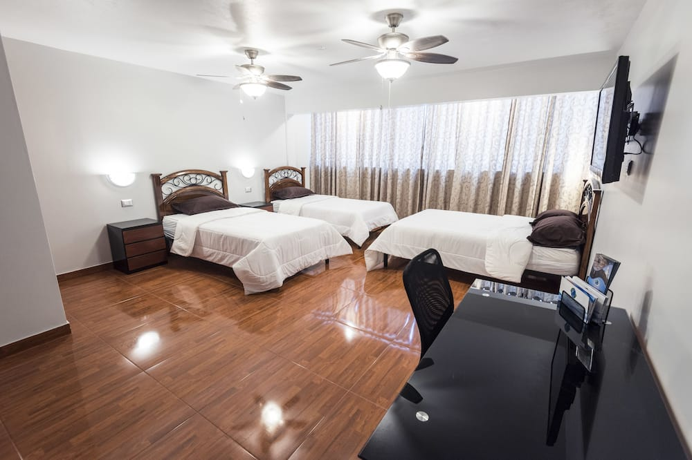 Classic Triple Room - Guest Room
