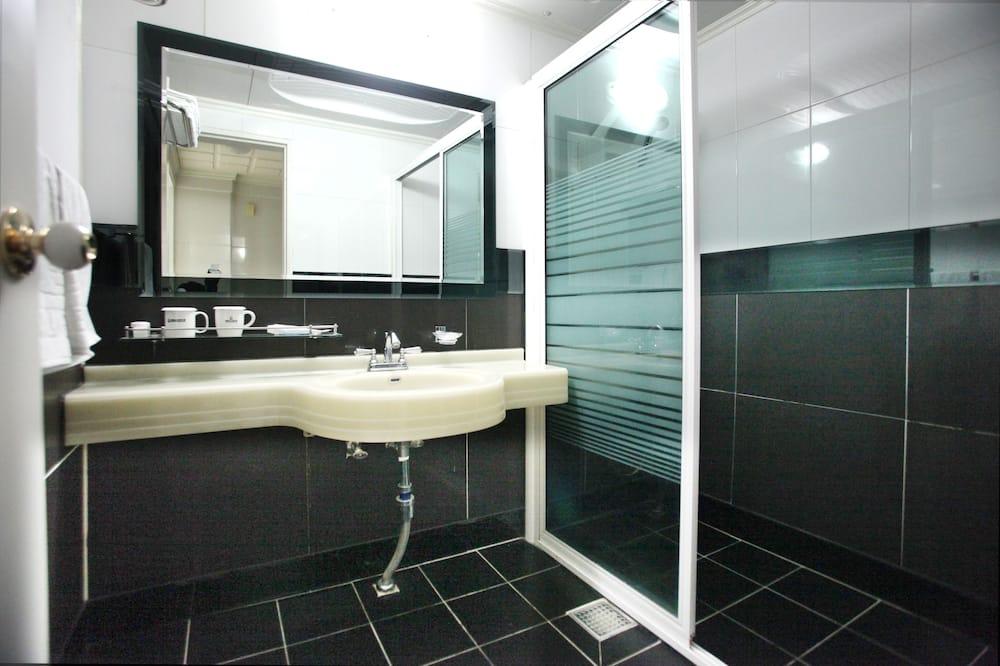 Family Room (Korean style_Ondol) - Bathroom