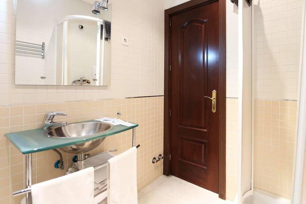 Luxury Suite Sol With Balcony (J2) - Bathroom
