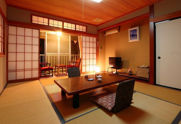 Hotel Sansuiso Flower-scented Accommodation, Yamanakako