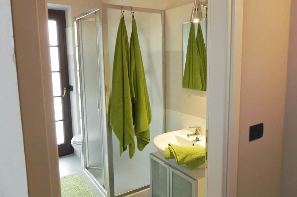 Apartment, 1 Bedroom, Terrace - Bathroom